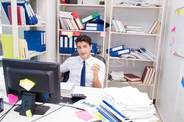 ビジネスマン 作業 オフィス 図書 論文 コンピュータ ストックフォト © Elnur