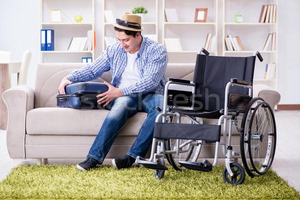 Jonge gehandicapten man zomervakantie gelukkig wereld Stockfoto © Elnur