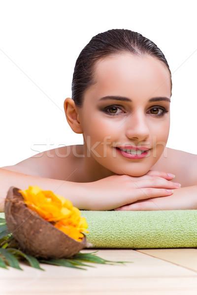Młoda kobieta leczenie uzdrowiskowe kwiat dziewczyna zdrowia Zdjęcia stock © Elnur