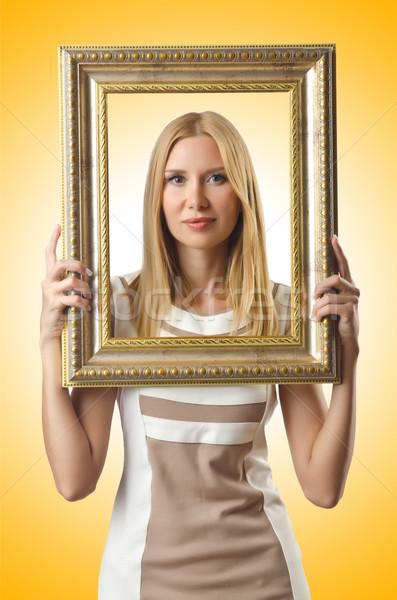 Fotolijstje aantrekkelijke vrouw meisje gezicht hout model Stockfoto © Elnur