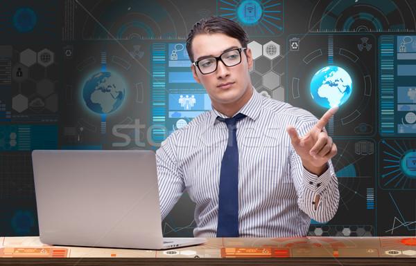 Jovem empresário global de negócios negócio escritório mão Foto stock © Elnur
