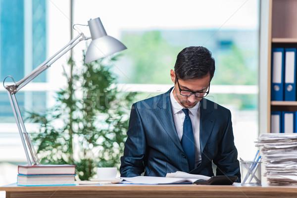小さな ビジネスマン ストレス 書類 男 作業 ストックフォト © Elnur