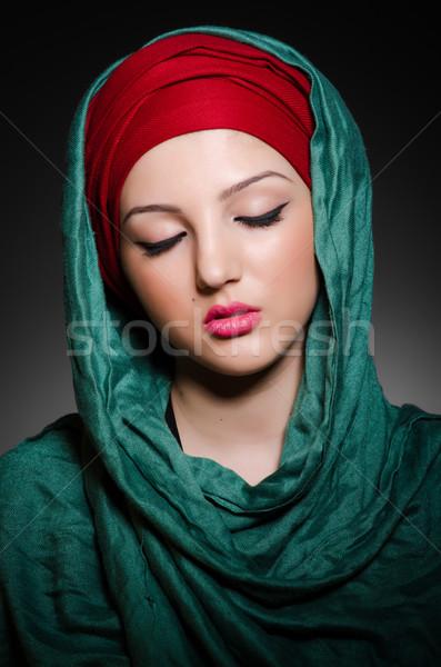 Stockfoto: Portret · jonge · vrouw · hoofddoek · vrouw · gelukkig · mode
