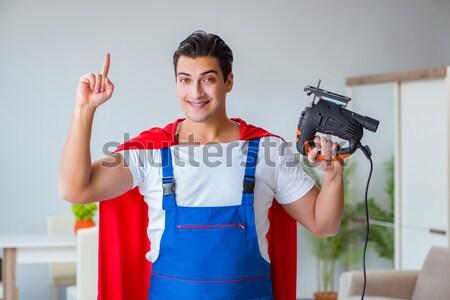 Grappig gevangenis bewoner man pistool zelfmoord Stockfoto © Elnur