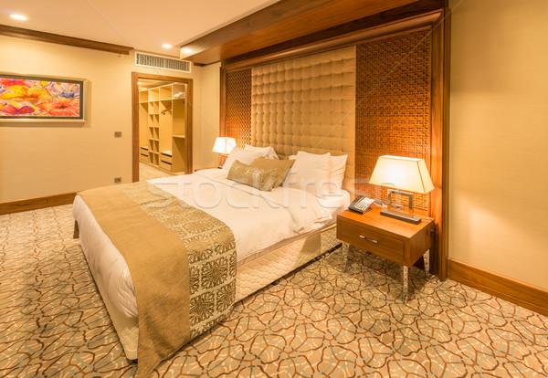 современных номер в отеле большой кровать дома дизайна Сток-фото © Elnur