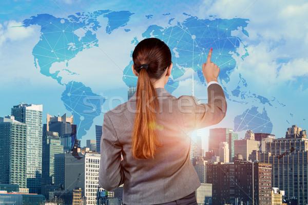 Geschäftsfrau global Business Frau Welt Erde Netzwerk Stock foto © Elnur