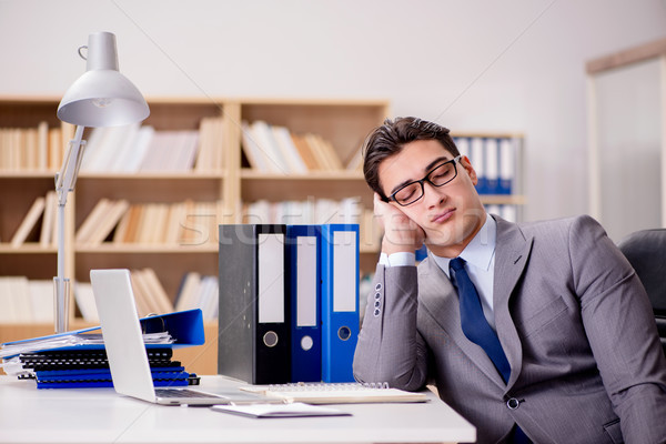 álmos üzletember dolgozik iroda üzlet számítógép Stock fotó © Elnur