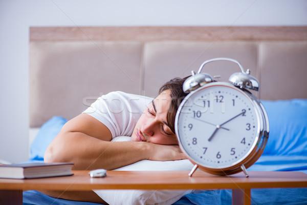 человека кровать страдание бессонница тревогу Сток-фото © Elnur