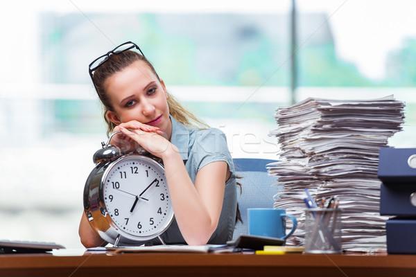 Mujer mujer de negocios cumplir plazos trabajo fondo Foto stock © Elnur