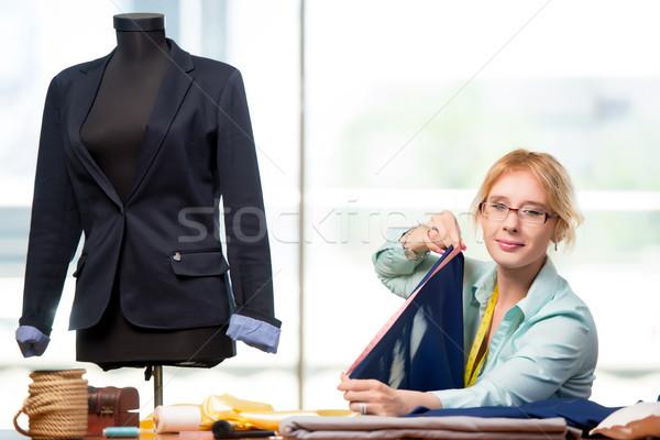 женщину портной рабочих новых одежду моде Сток-фото © Elnur