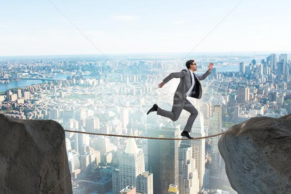 Zakenman lopen strak business achtergrond kabel Stockfoto © Elnur