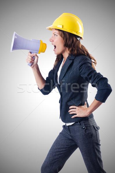 Homme travailleur de la construction haut-parleur femme construction affaires Photo stock © Elnur