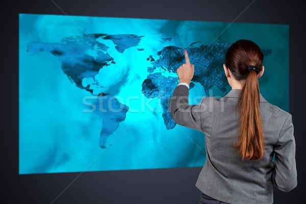 Empresária global de negócios mulher mundo terra espaço Foto stock © Elnur