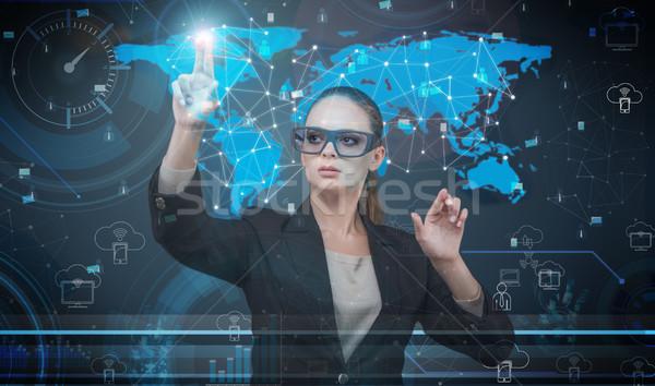 Stock fotó: Nő · kisajtolás · virtuális · gombok · futurisztikus · üzlet