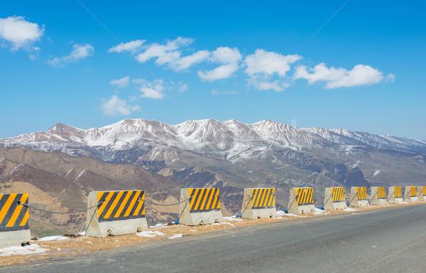 Invierno montanas región Azerbaiyán carretera nieve Foto stock © Elnur