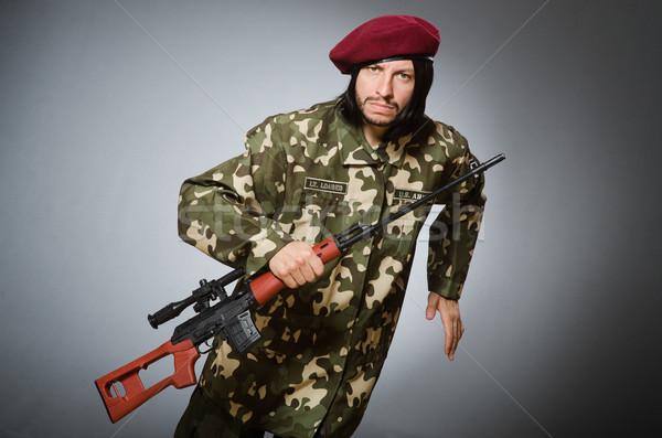 Soldado arma curta cinza pistola retrato preto Foto stock © Elnur