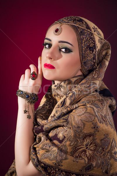 Müslüman kadın güzel takı güzellik altın Stok fotoğraf © Elnur