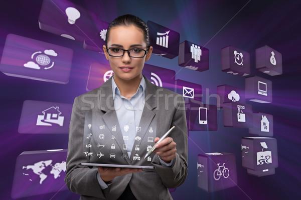 Сток-фото: деловая · женщина · таблетка · бизнеса · женщину · дома · технологий