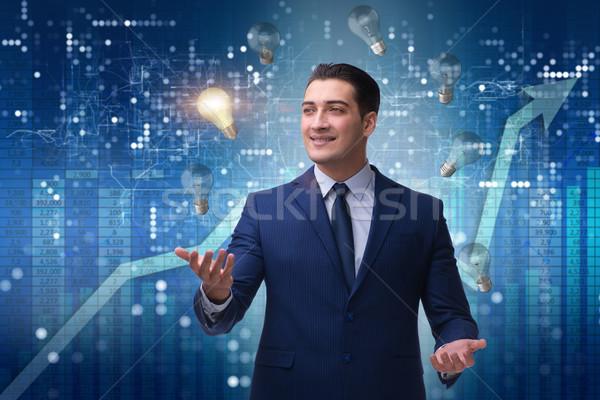 Zakenman jongleren nieuwe idee business kantoor Stockfoto © Elnur