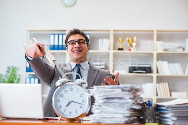 Boos agressief zakenman kantoor werk pistool Stockfoto © Elnur