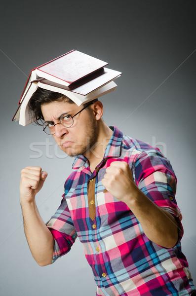 Grappig student veel boeken meisje gelukkig Stockfoto © Elnur