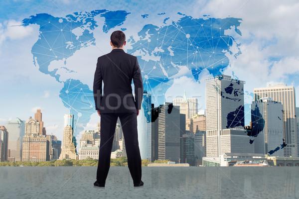 Zakenman wereldwijde business man wereld aarde netwerk Stockfoto © Elnur