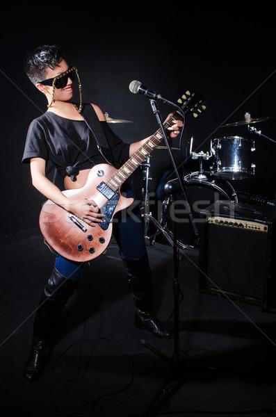 Mulher guitarrista concerto música festa fundo Foto stock © Elnur