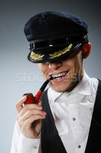 Fumar tubería tabaco sonrisa hombre feliz Foto stock © Elnur
