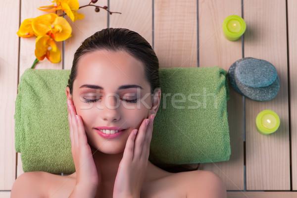 Młodych piękna kobieta spa procedura dziewczyna zdrowia Zdjęcia stock © Elnur