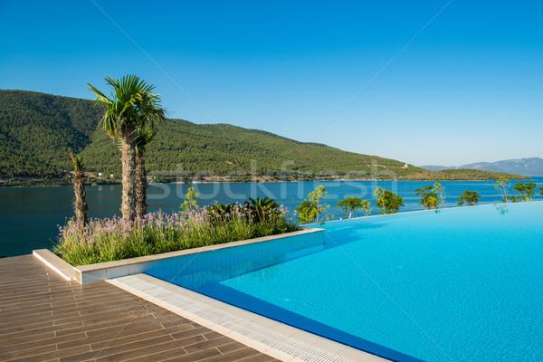 Agradable piscina aire libre brillante verano día Foto stock © Elnur