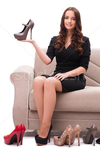 Foto stock: Mulher · difícil · escolha · sapatos · casa · sorrir