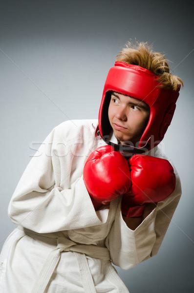 Foto stock: Engraçado · boxeador · escuro · mão · fundo · caixa