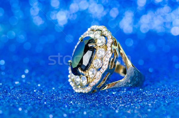 ékszerek gyűrű kék háttér lánc gyémánt Stock fotó © Elnur