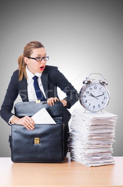 Donna imprenditrice gigante sveglia ufficio lavoro Foto d'archivio © Elnur