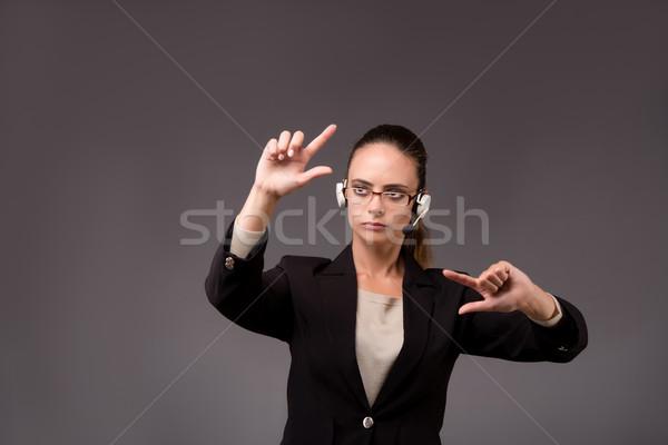 Stok fotoğraf: Genç · kadın · işkadını · sanal · düğmeler · iş