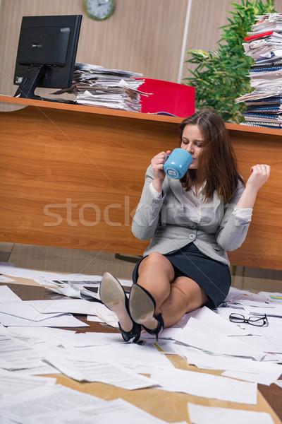 деловая женщина подчеркнуть рабочих служба работу бизнесмен Сток-фото © Elnur