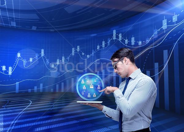 Férfi stock kereskedés üzletember üzlet pénz Stock fotó © Elnur