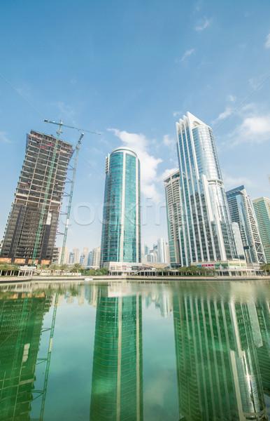 Lang wolkenkrabbers Dubai water hemel kantoor Stockfoto © Elnur