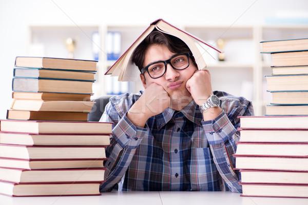 Nerd drôle étudiant Université examens éducation Photo stock © Elnur