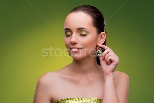Jeune femme beauté vert femme visage mode Photo stock © Elnur