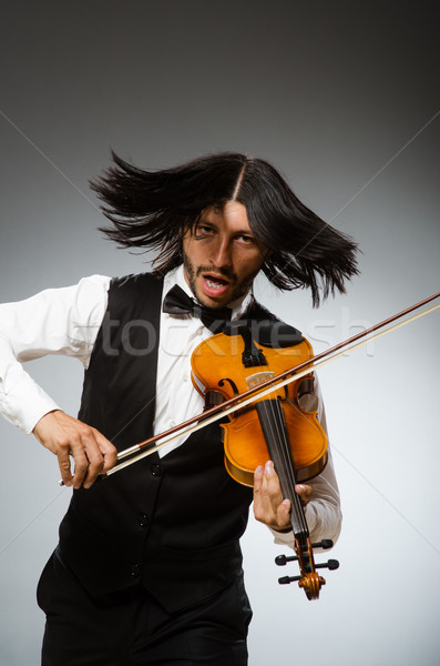 Homme jouer violon musical art drôle Photo stock © Elnur