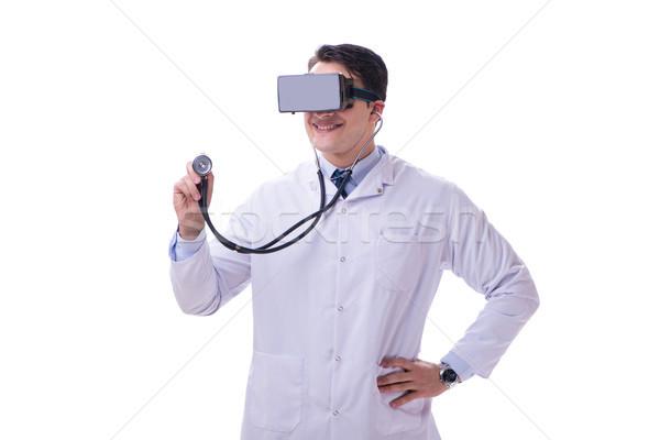 Doktor sanal gerçeklik kulaklık yalıtılmış Stok fotoğraf © Elnur
