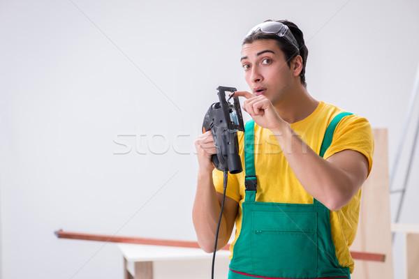 Beszállító dolgozik fapadló iroda férfi fa Stock fotó © Elnur