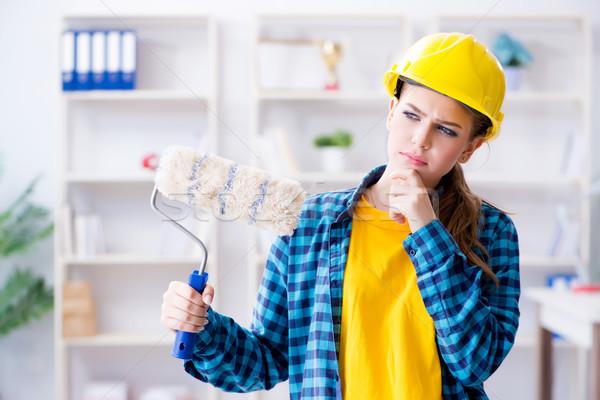 Stock fotó: Fiatal · nő · festmény · otthon · nő · épület · építkezés