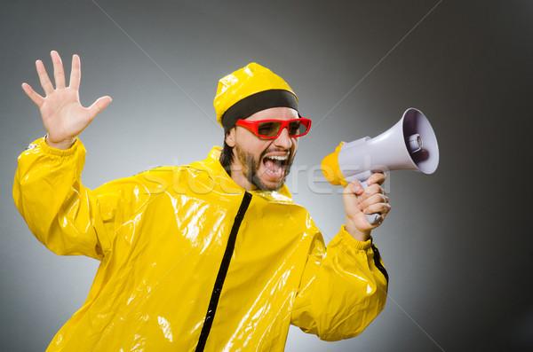 Uomo indossare giallo suit altoparlante party Foto d'archivio © Elnur