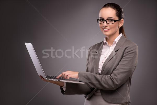 Jeunes femme d'affaires travail portable affaires heureux Photo stock © Elnur