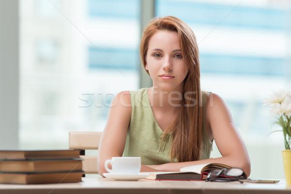 Fiatal diák vizsgák iszik tea kávé Stock fotó © Elnur