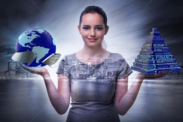 Geschäftsfrau global Business Business Frau Welt Erde Stock foto © Elnur
