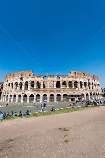 Híres Colosseum fényes nyár nap égbolt Stock fotó © Elnur
