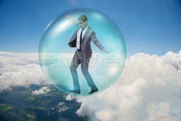 Geschäftsmann unter innerhalb Blase home Markt Stock foto © Elnur
